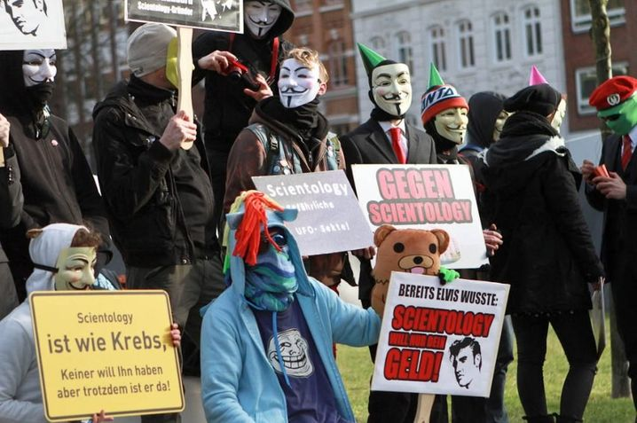 Anonymous Kollektiv Rechts