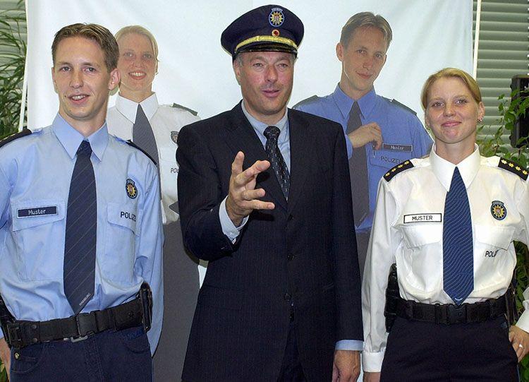 polizei-hh-schill-dpa