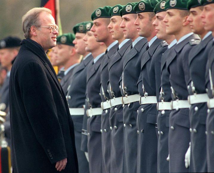 Rudolf Scharping (1998-2002)