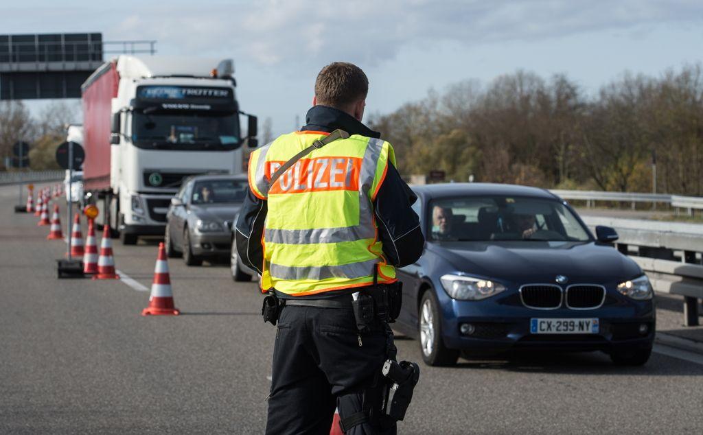Grenzkontrollen-Deutschland-Patrick-Seegerdpa