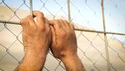 Grenze zu Mazedonien: Die Hoffnung stirbt am Zaun