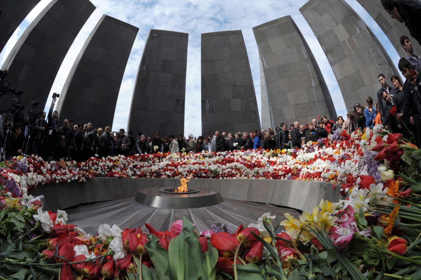 Jerewan Memorial Armenien Dpa