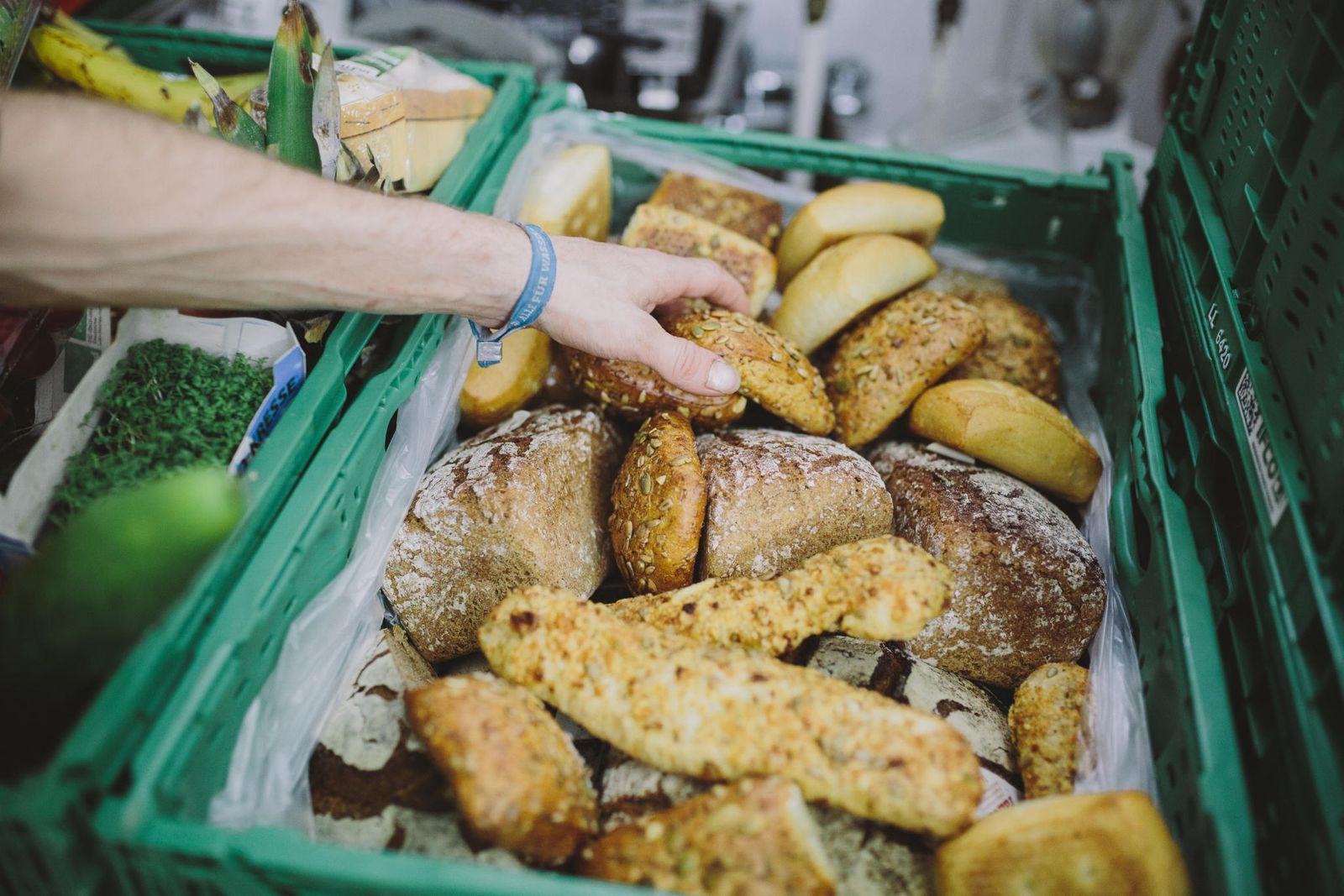 Brot Restlos Gluecklich