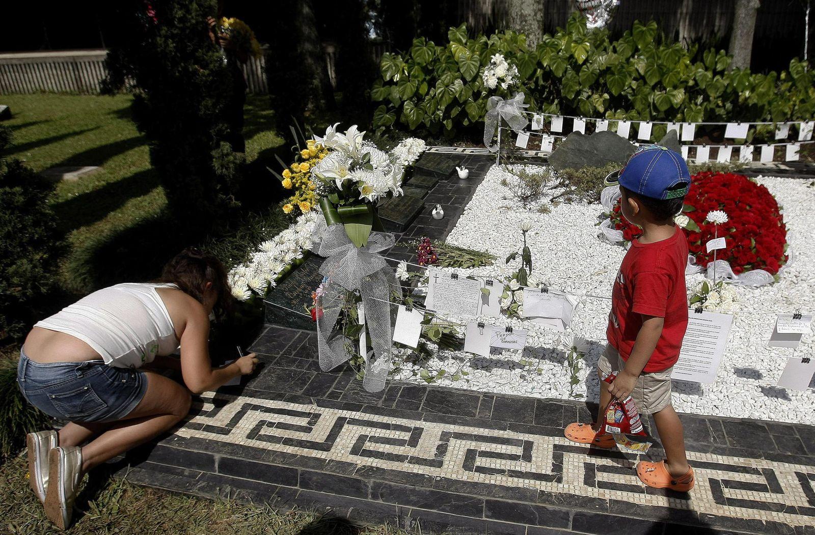Escobar Grab Dpa Luis Eduardo Noriega