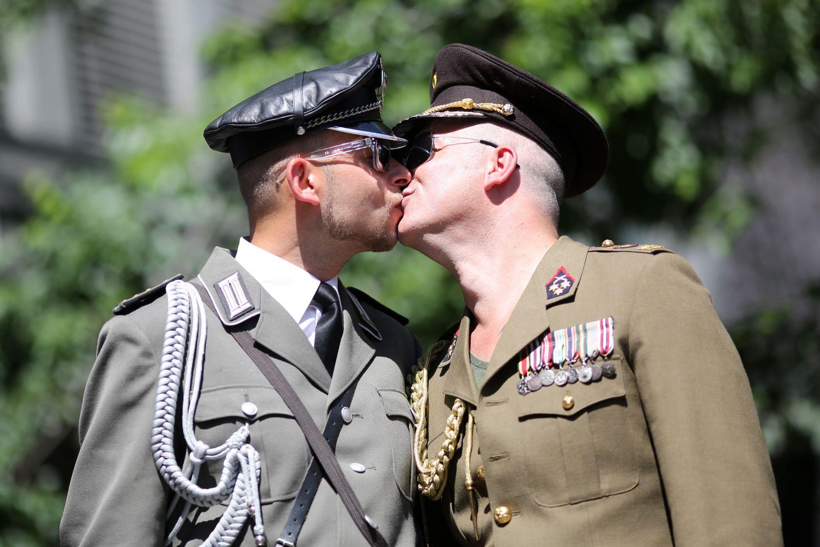 Schwule Soldaten
