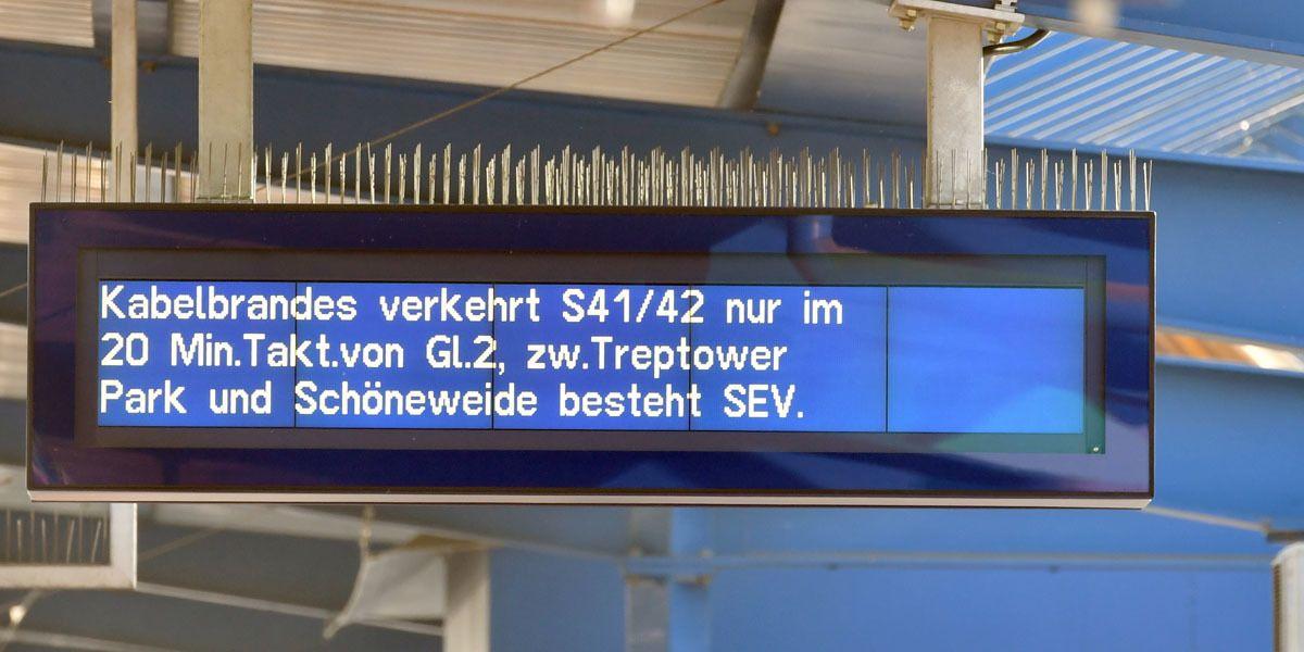 Bahn Vandalismus Dpa Paul Zinken