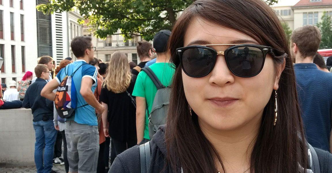 Linh demonstriert gegen das identitäre Hausprojekt in Halle