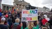 Warum heute Tausende Menschen in Berlin gegen die AfD demonstriert haben