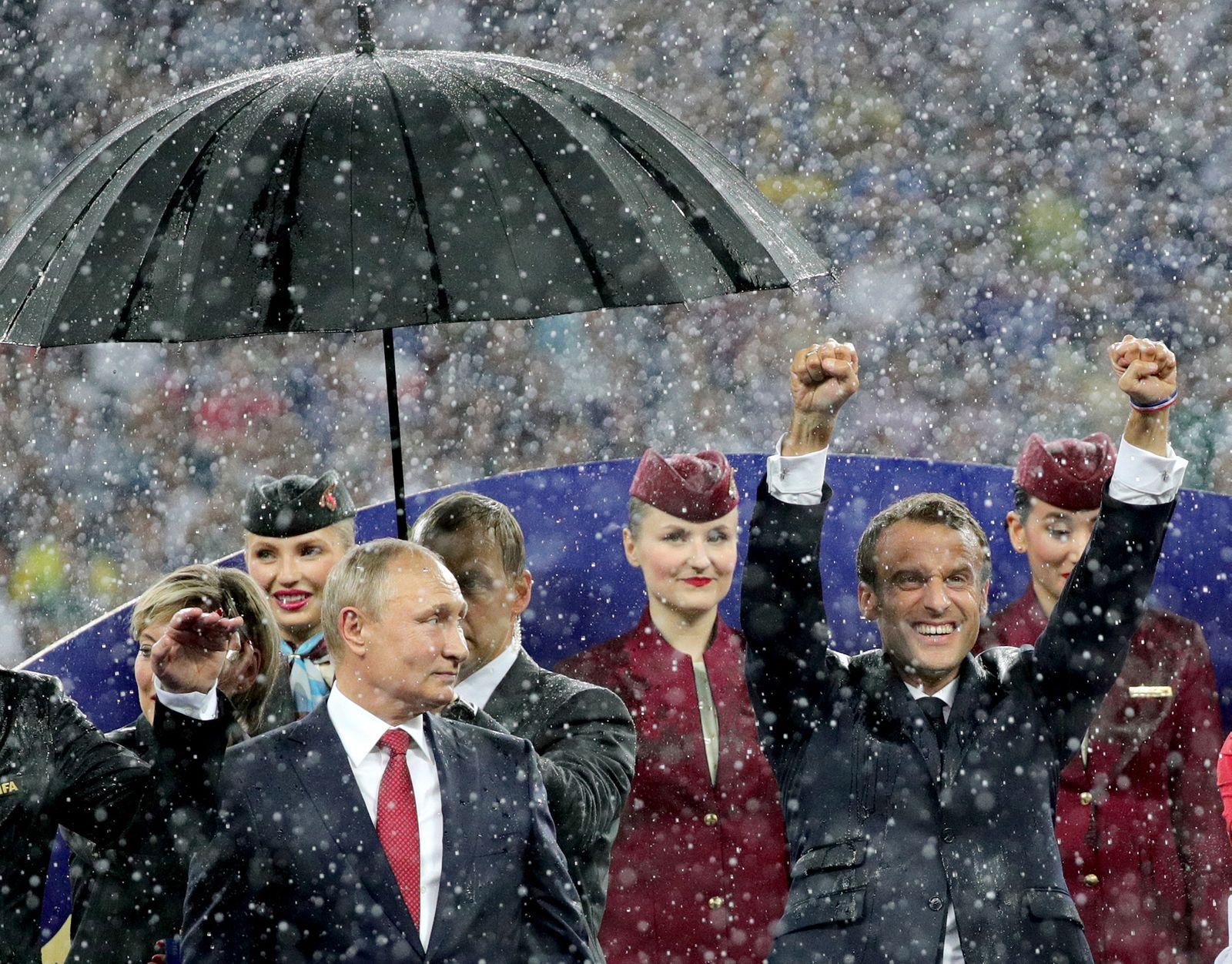 Putin Schirm3
