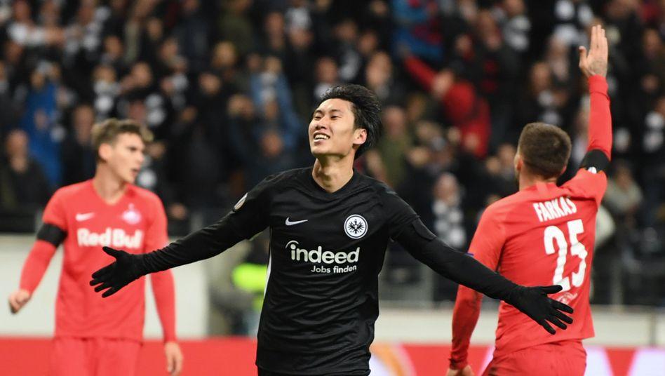 Frankfurt schlägt Salzburg in der Europa League: Kamada ebnet mit drei Toren den Weg gen Achtelfinale