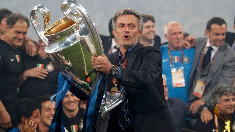 Startrainer Mourinho und der Champions-League-Cup: Demnächst im ZDF