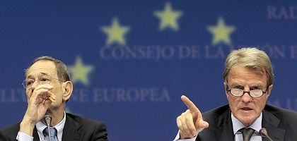 EU Foreign Policy Chief Javier Solana and French Foreign Minister Bernard Kouchner in Brussels on Wednesday.