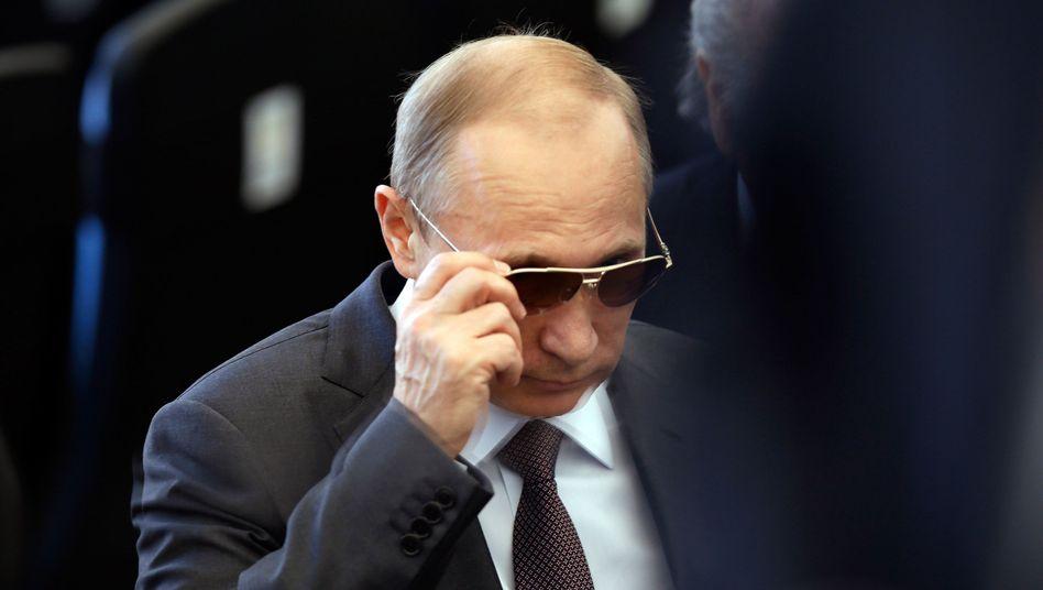 Putin (bei der WM in Brasilien): Im Kreml knistert es