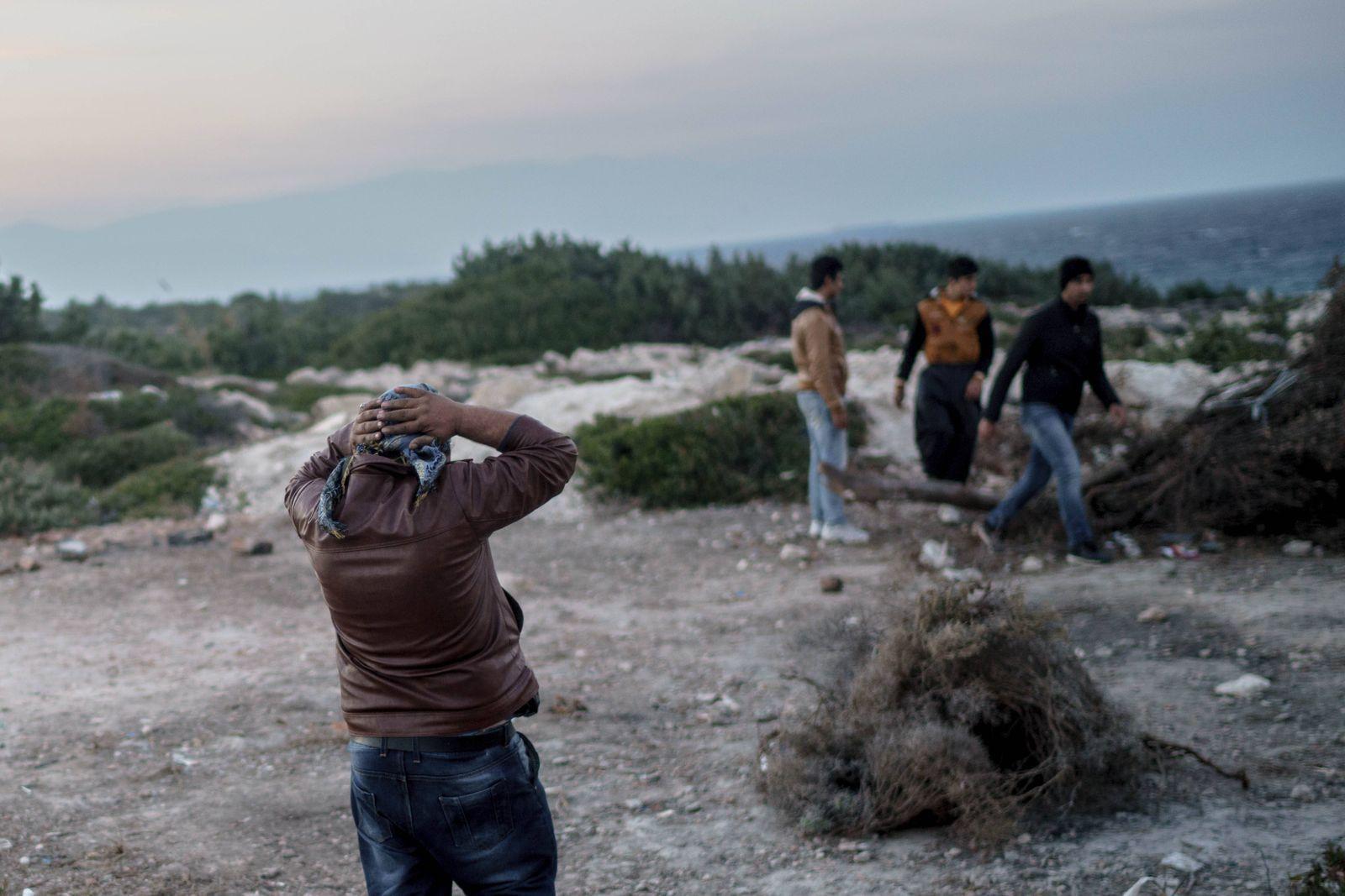 EINMALIGE VERWENDUNG Türkei/ Migranten/ Aufgegriffen
