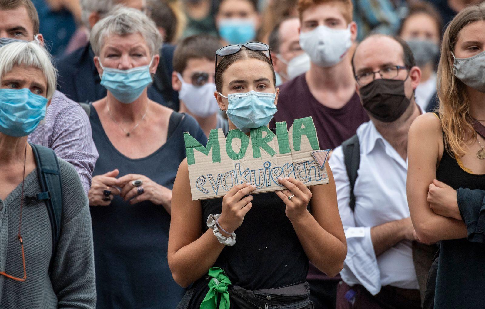 Demonstration nach in Flüchtlingslager Moria - Frankfurt