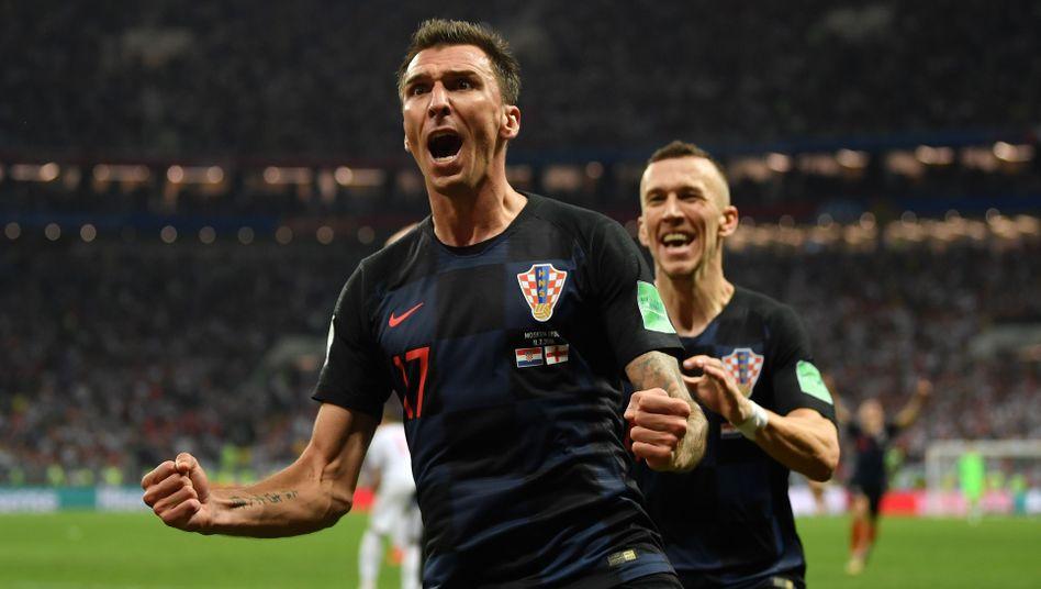 Wiedervereinigung in München? Mario Mandzukic (v.) und Ivan Perisic kennen sich aus der kroatischen Nationalmannschaft. Beim FC Bayern könnte es zu einem Wiedersehen kommen