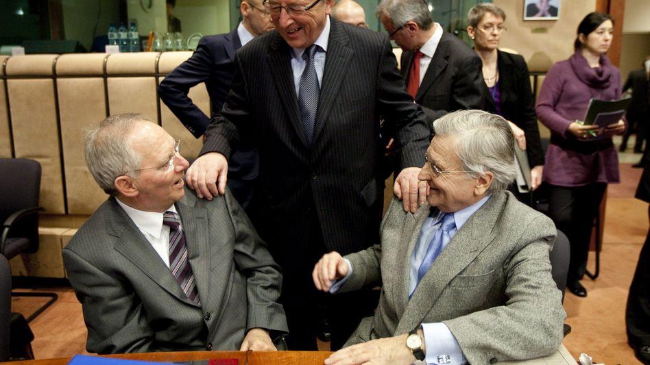 """Schäuble, Juncker, Notenbank-Chef Trichet (im Februar): """"Griechenland wird unterstützt"""""""