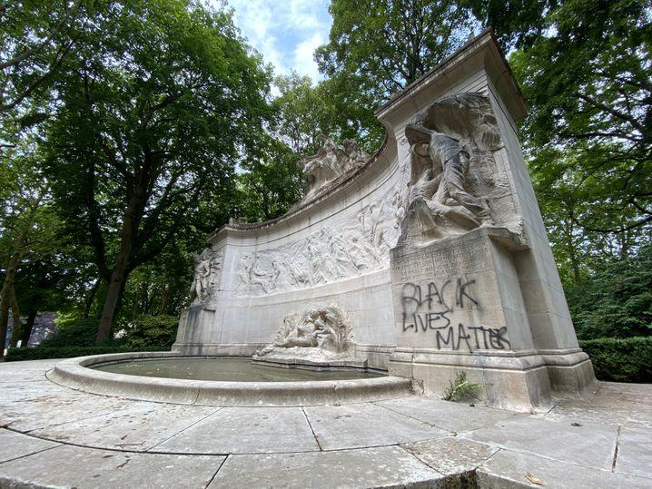 """Kongo-Denkmal im Brüsseler Jubelpark: """"Im Interesse der Zivilisation und für das Wohl Belgiens"""""""