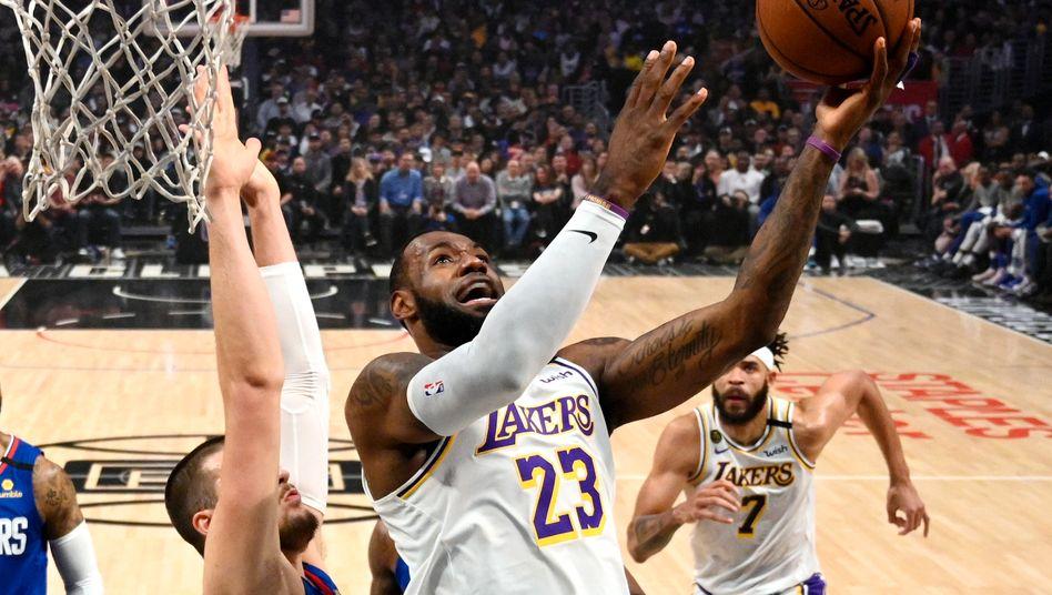 LeBron James war neben Anthony Davies überragender Akteur der Lakers