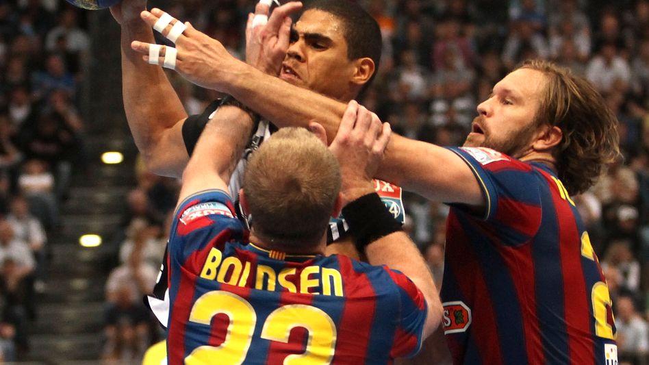 Ruppiges Spiel im Handball: neue Regeln sollen Fairness fördern