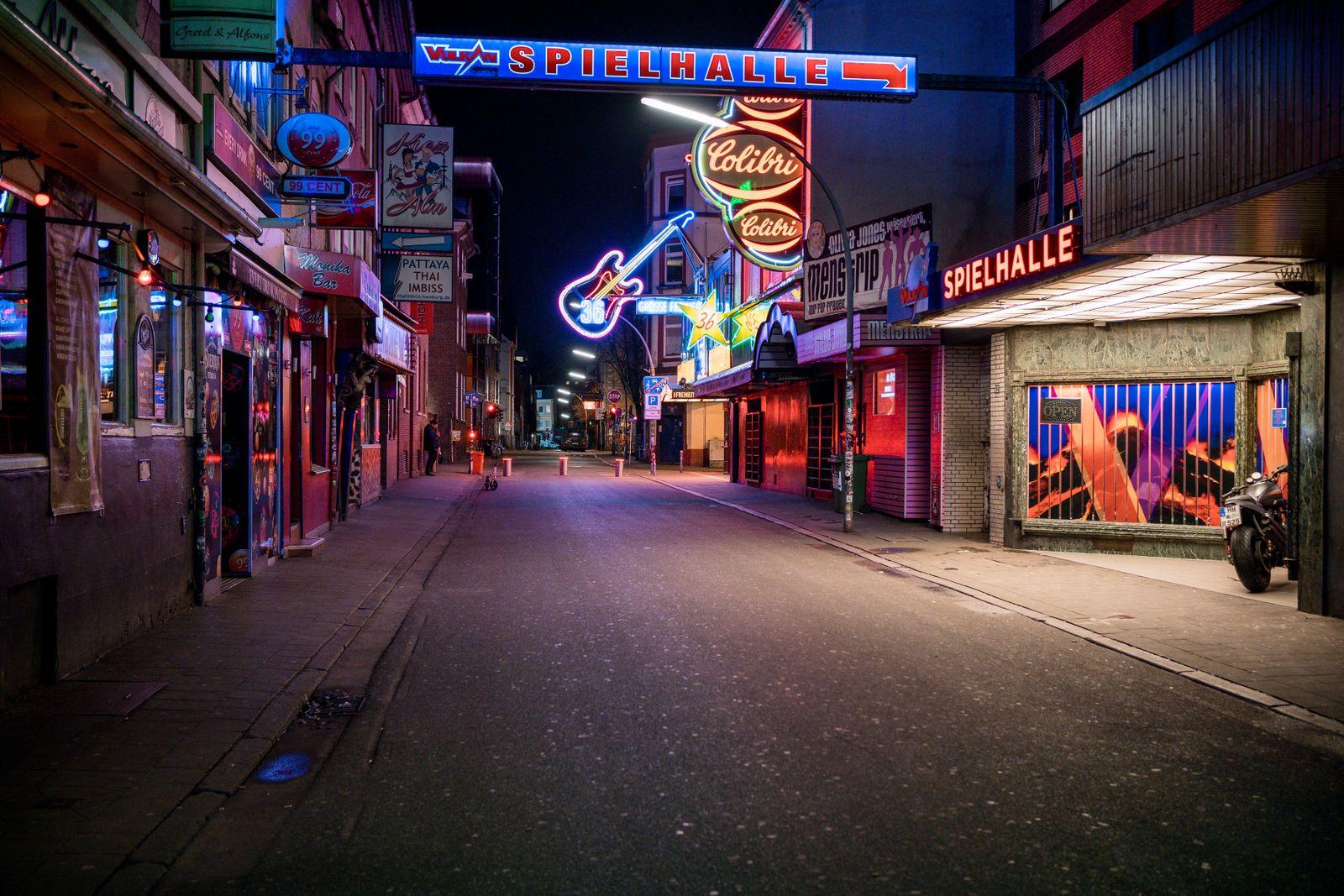 Shutdown in Hamburg, am 16.03. nachdem die Stadt Hamburg allen Kneipen und Cafés Auflagen aufgrund des Corona-Virus gemacht haben.