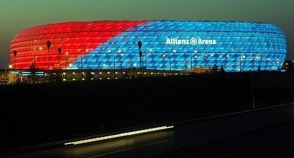 Allianz-Arena: Erleuchtung für Münchens Fußball-Fans