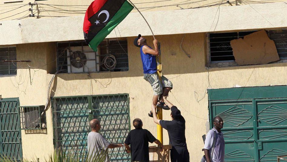 Libyscher Rebell im Osten von Tripolis: Medikamente werden knapp