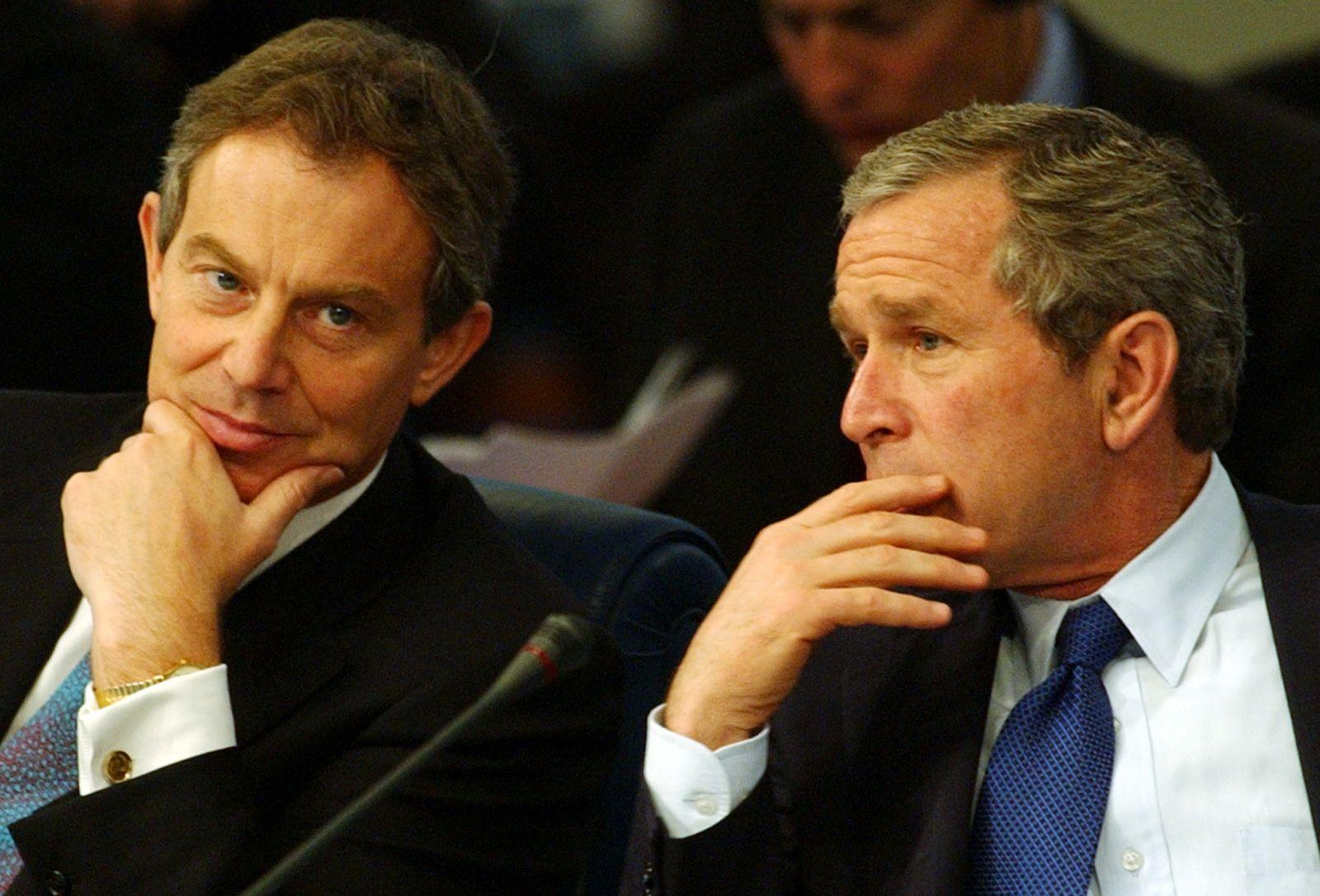 Tony Blair / Memoiren Blair mit Bush