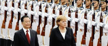 China's Premier Wen Jiabao gave German Chancellor Angela Merkel fancy diplomatic treatment in Beijing last August -- before he knew about her upcoming chat with the Dalai Lama.
