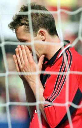 """Unglücksrabe: Nürnbergs Frank Baumann vergab 1999 gegen Freiburg in letzter Minute eine todsichere Torchance, der """"Club"""" musste deshalb absteigen"""