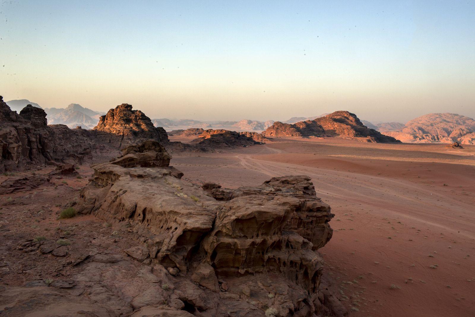 EINMALIGE VERWENDUNG NUR FÜR SPIEGEL Plus; SP 52/2016, S.96 Wadi Rum