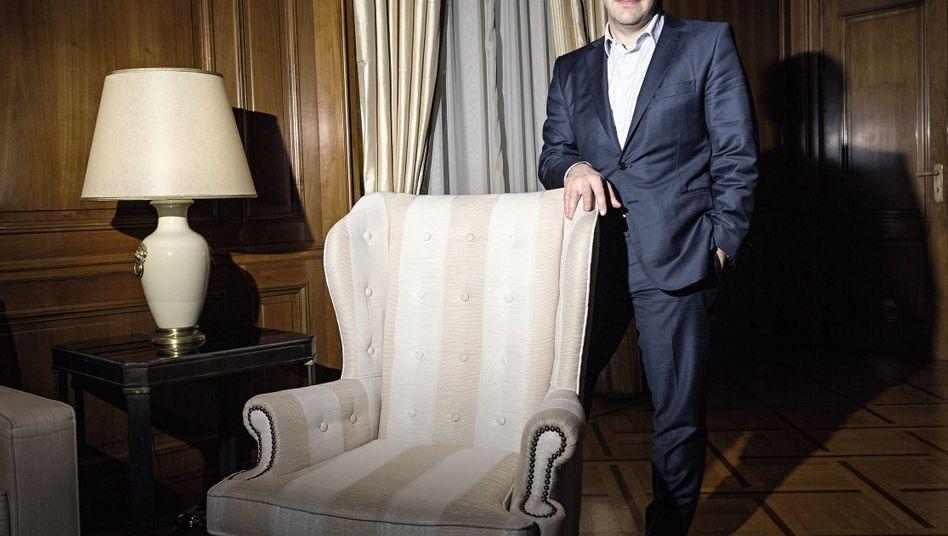 Alexis Tsipras in seinem Amtszimmer in Athen