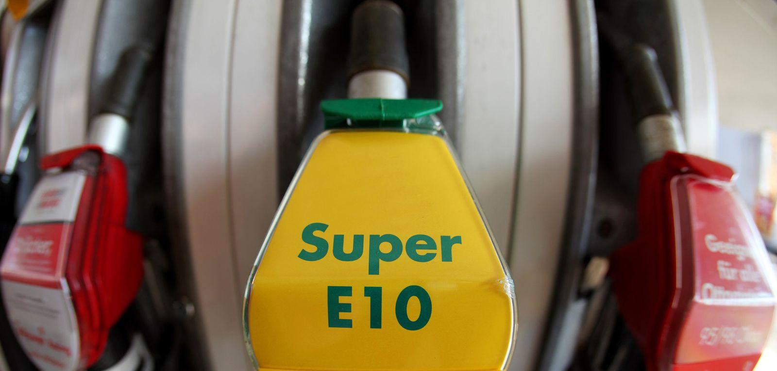 Benzin/ Biosprit/ E10