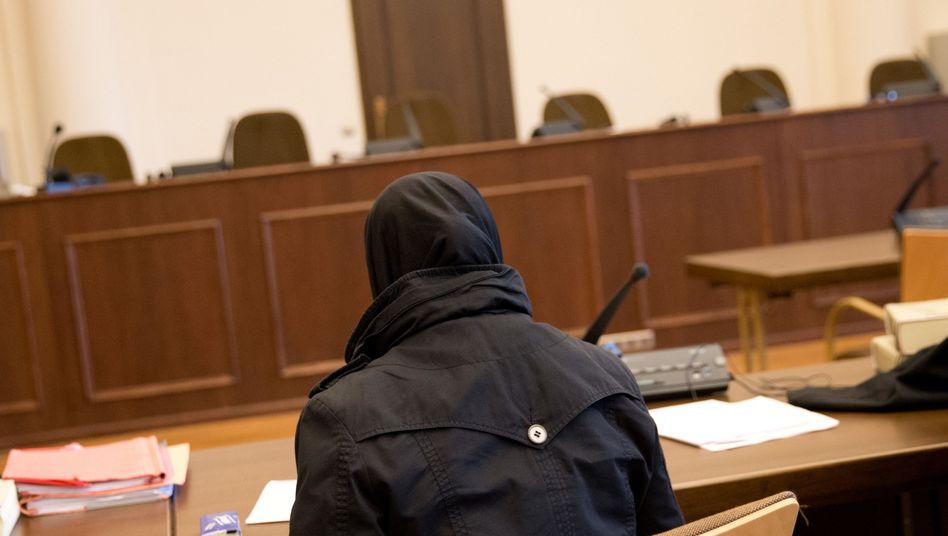 Angeklagte am Hamburger Landgericht (Archiv): Richter sprechen Mutter schuldig