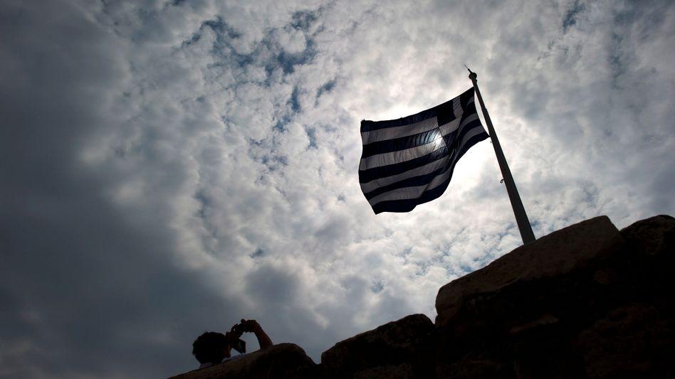 """Griechische Flagge auf der Akropolis: """"Die Banken haben auf Zeit gespielt"""""""