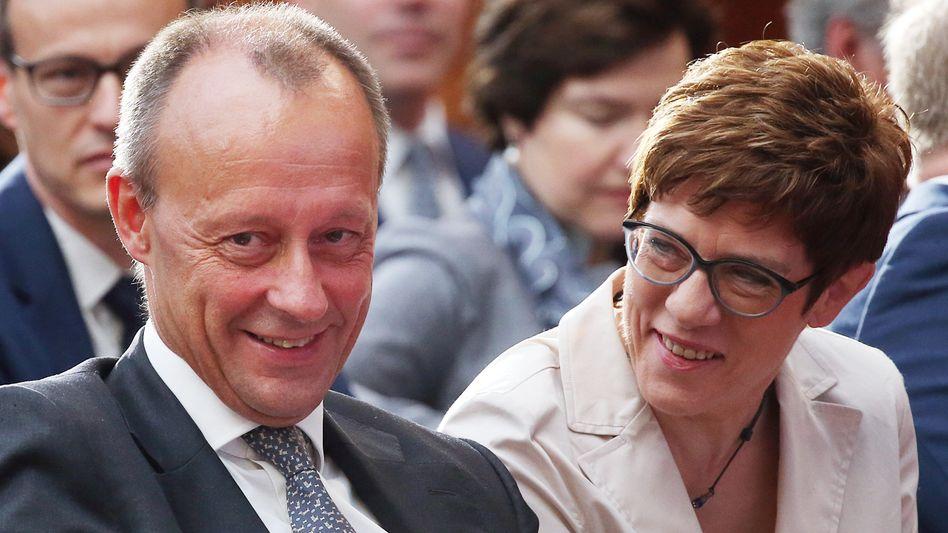 Friedrich Merz und CDU-Chefin Annegret Kramp-Karrenbauer: Die Kanzlerkandidatur wird eine wichtige Frage auf dem CDU-Parteitag in Leipzig