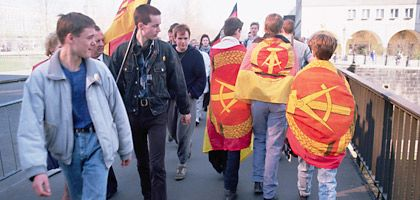 """Jugendliche in der DDR (1990): """"Aus heutiger Sicht glaube ich, wurden wir mit dem Mauerfall aus dem Paradies vertrieben"""""""