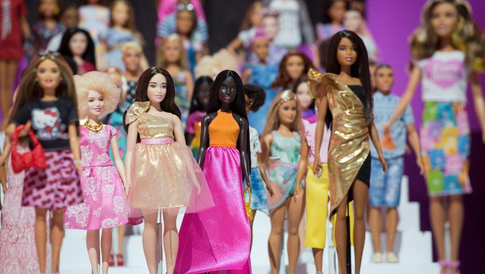 Barbiepuppen auf einer Spielzeugmesse: Bruttoumsatz stieg um 29 Prozent