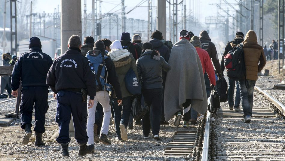 Flüchtlinge an der griechisch-mazedonischen Grenze: Für Afghanen geschlossen