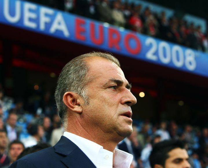 Fatih Terim telah menjadi pelatih tim nasional Turki sebanyak tiga kali
