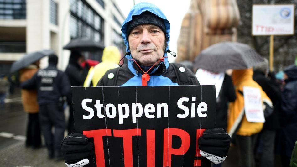 TTIP-Gegner in Berlin: Skepsis gegen Freihandelsabkommen wächst