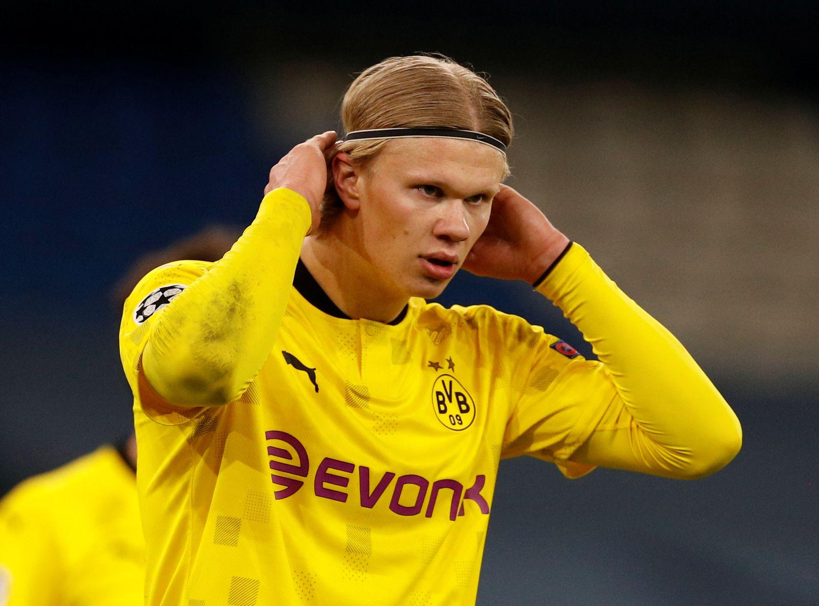FILE PHOTO: Borussia Dortmund's Erling Haaland