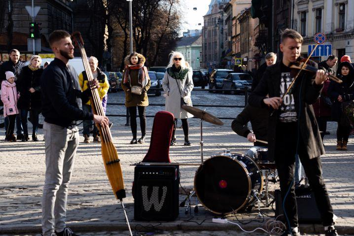 Straßenmusiker in Lwiw
