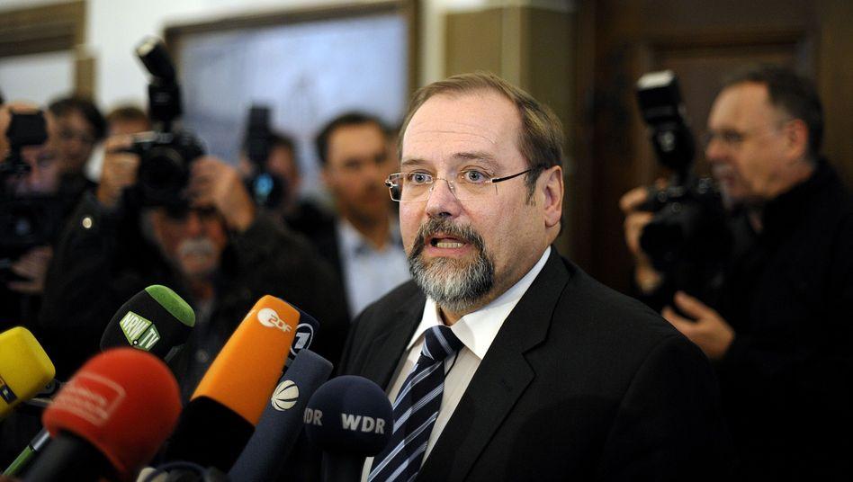 Abwahlverfahren gegenDuisburgs OB: Er geht nicht