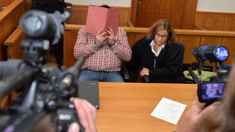 Niels H. im Landgericht Oldenburg (Archiv): Ermittler unter Druck