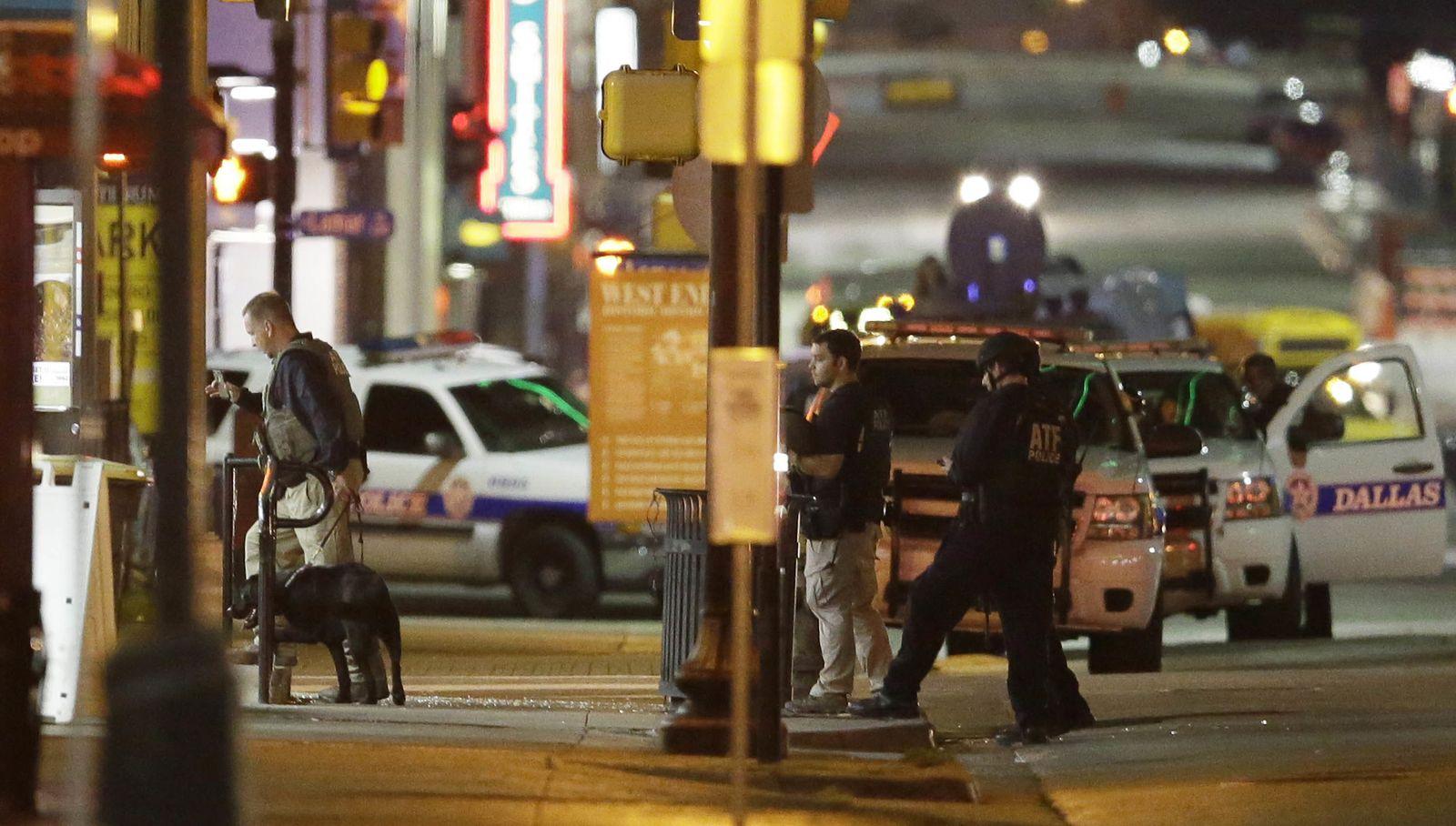 Dallas/ Schüsse auf Polizei