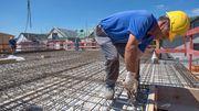 Bauherren müssen mehr als drei Monate auf Handwerker warten