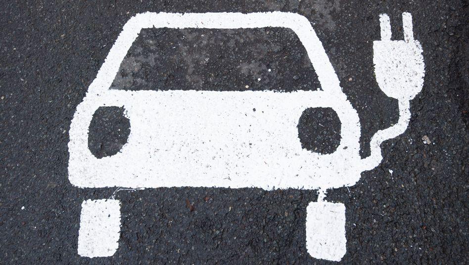 Die Zahl der Elektroautos stieg 2020 rapide an – und damit auch die Fördersumme, die dafür abgerufen wurde