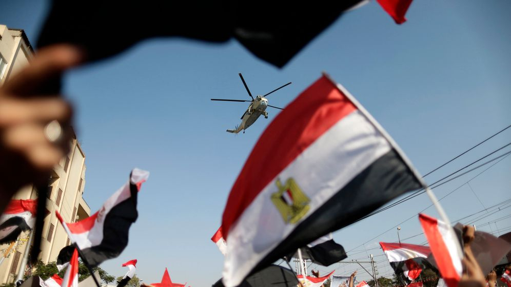 Photo Gallery: 'Streetocracy' Reigns in Egypt