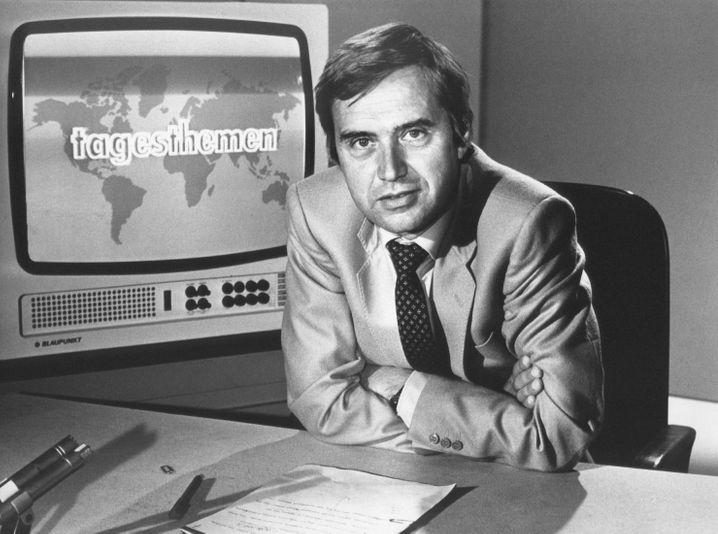 Früher konnte es nicht genug Westfernsehen sein, heute ist es zu viel Westfernsehen: Tagesthemen-Moderator Wolf von Lojewski, 1980